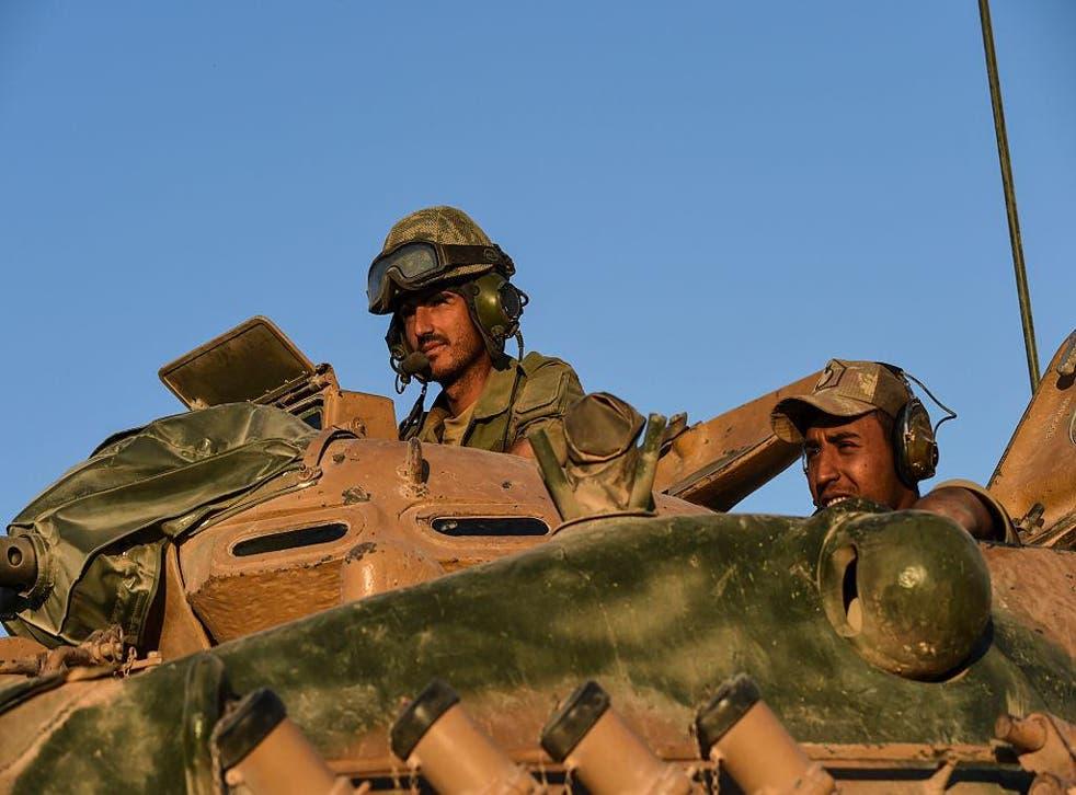 Turkish soldiers near the Syrian-Turkish border town of Jarabulus on September 2, 2016