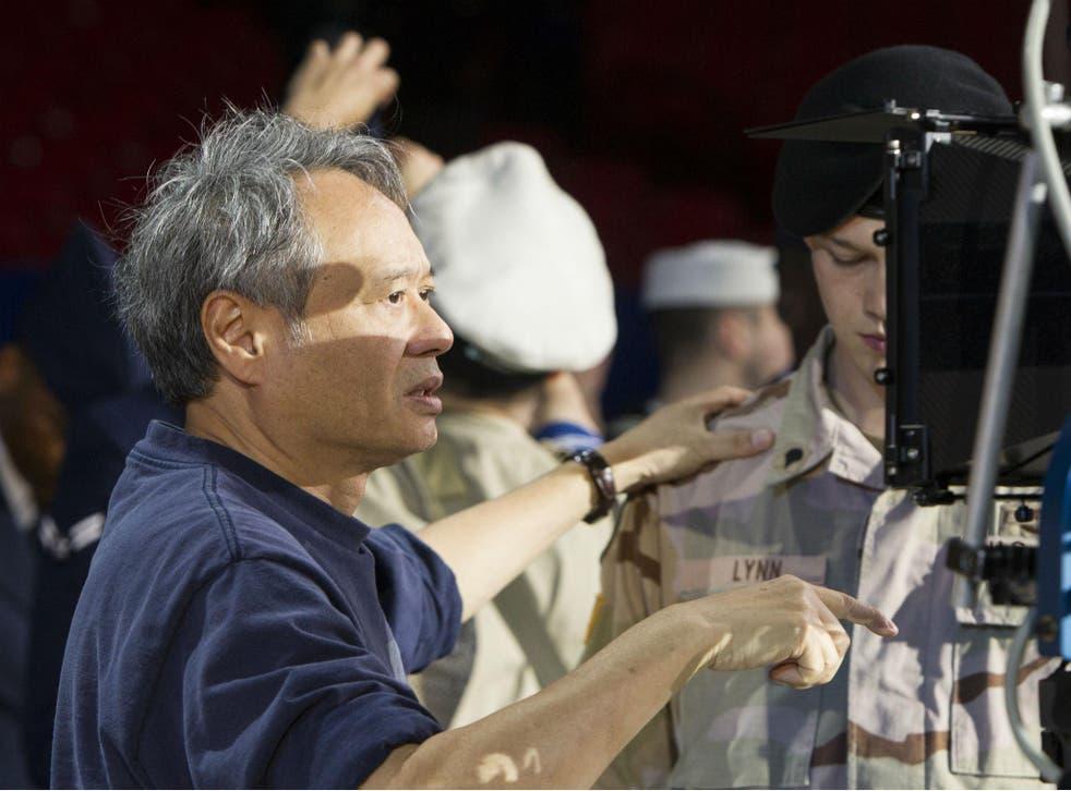 Director Ang Lee on set with Joe Alwyn (Billy Lynn) in 'Billy Lynn's Halftime Walk'