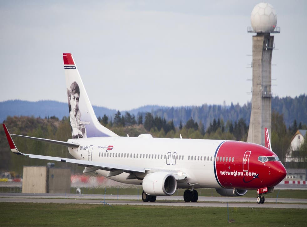 US pilots are complaining that Norwegian's low-cost transatlantic flights will cost them their jobs