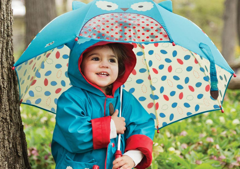 addb7001a1162 Keep your little ones dry in rainy weather with a fun and colourful brolly