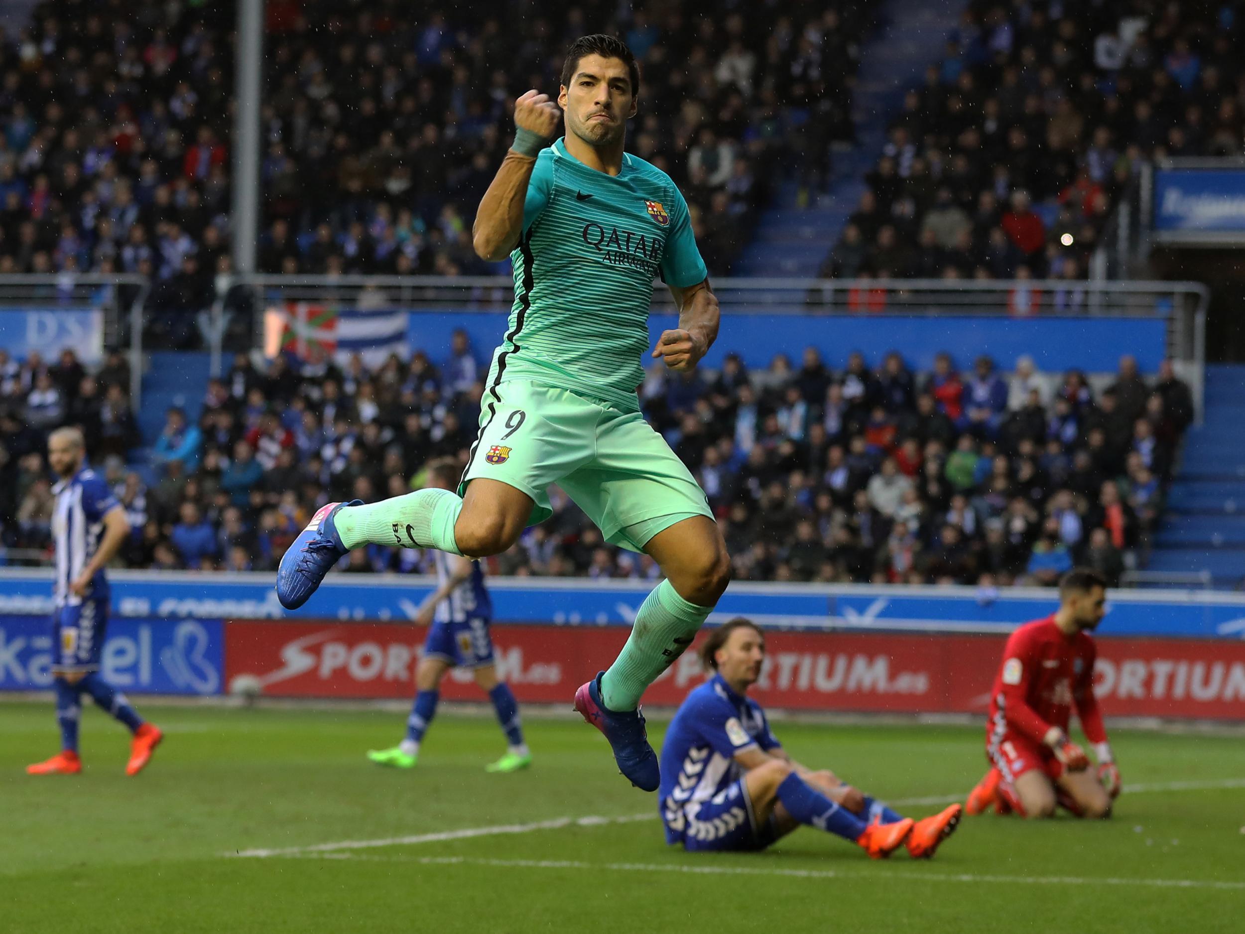 Luis Suarez, Lionel Messi and Neymar all score as Barcelona thrash ...