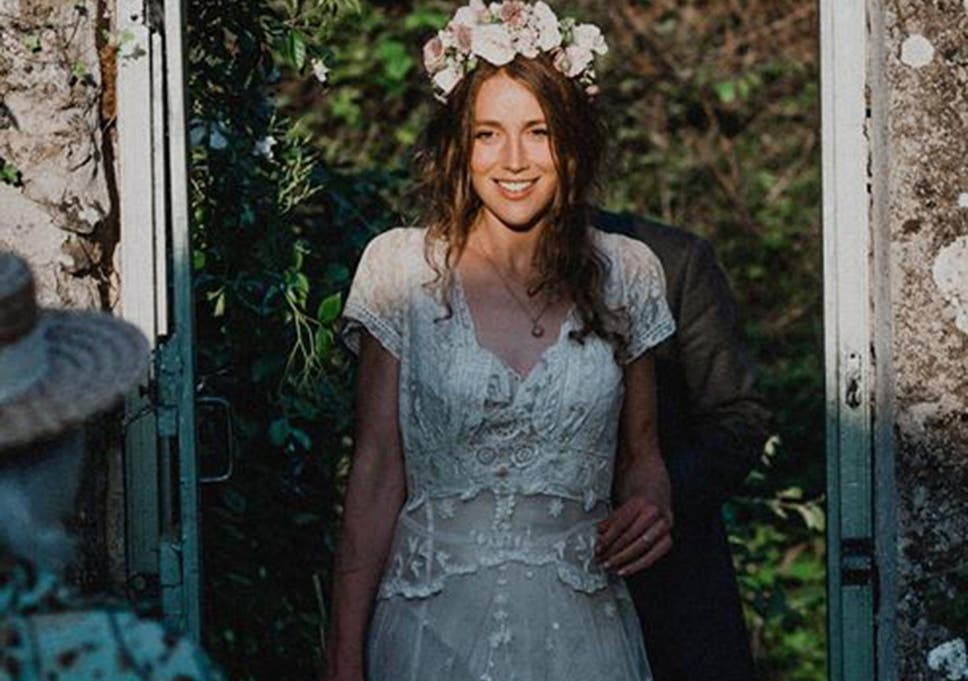 Lost wedding dress from 1870 found in dry cleaners after Facebook ...