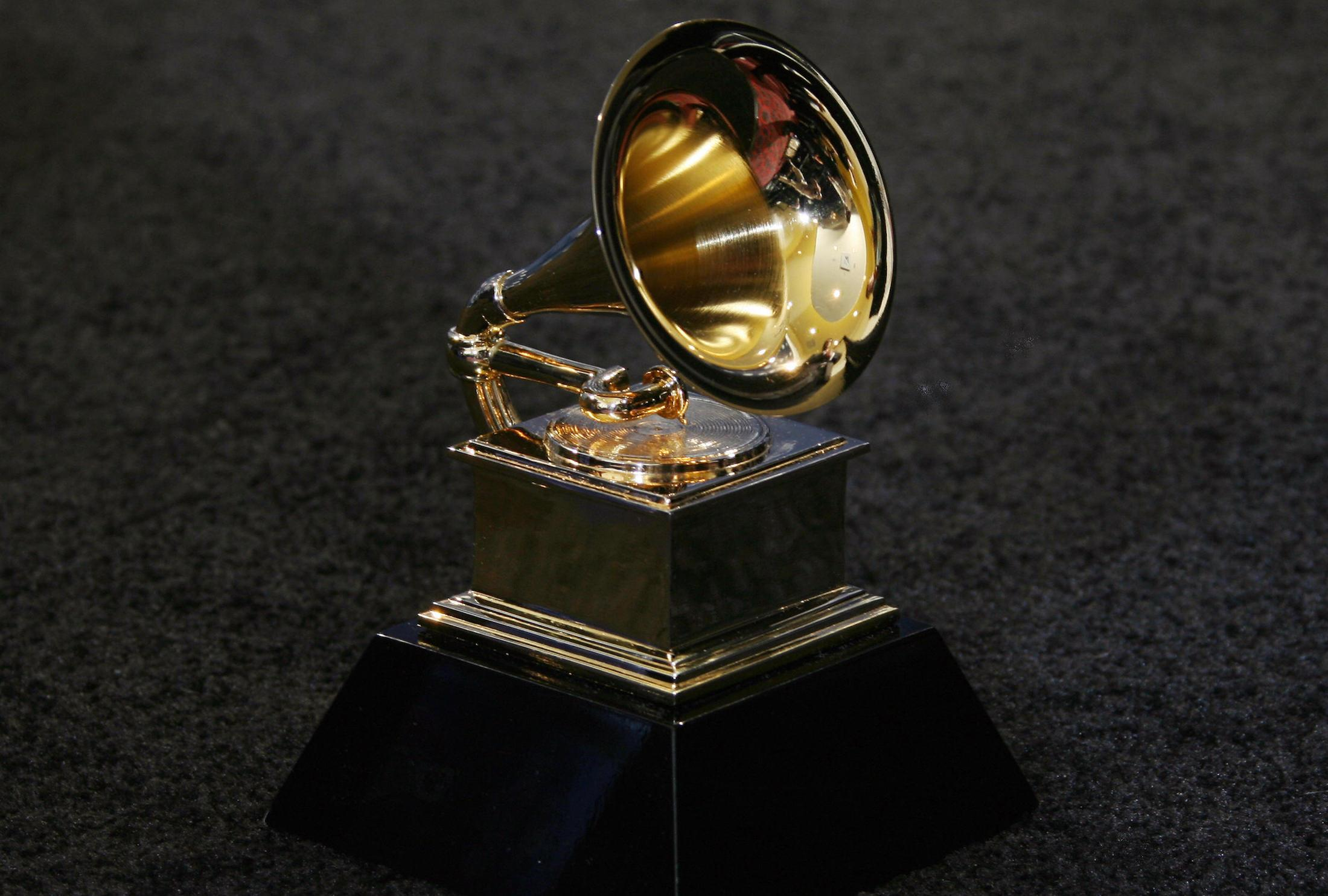 Grammys 2017 The Complete List Of Winners