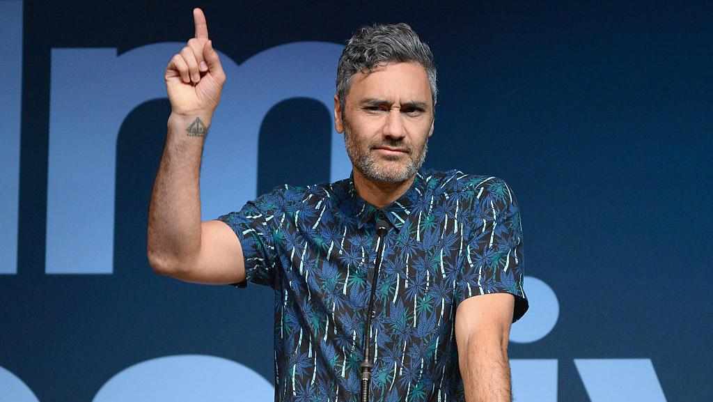 boy by taika waitit If you're just now discovering the wonderful, technicolor world of director taika waititi with thor: ragnarok, some good news: there's plenty more from the filmmaker waiting for you to explore waititi is earning praise as an actor for his mo-cap role in ragnarok as korg, the soft-spoken .