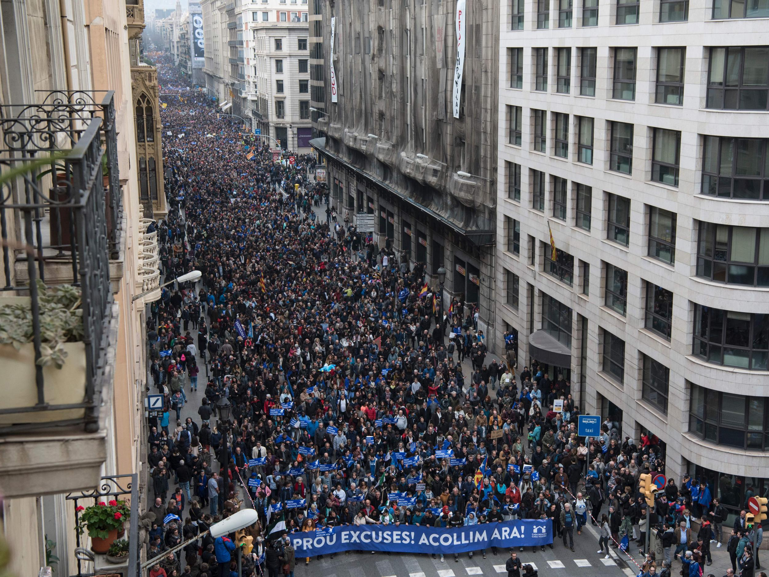 More than 160,000 march in Barcelona to demand Spain takes in more refugees | The Independentindependent_brand_ident_LOGOUntitled