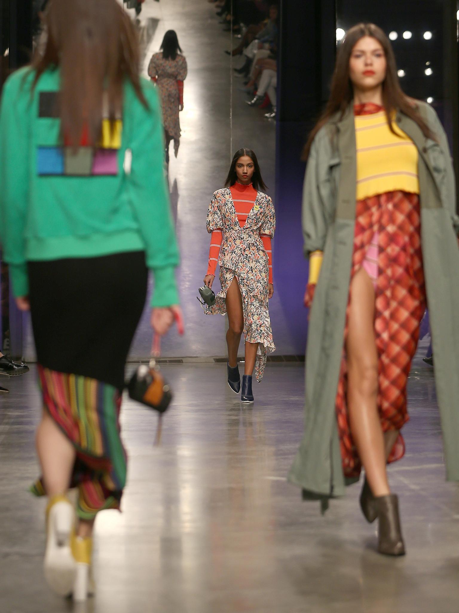 London Fashion Week  high-fashion alpine and artful heroines  19117ac2d1bdd