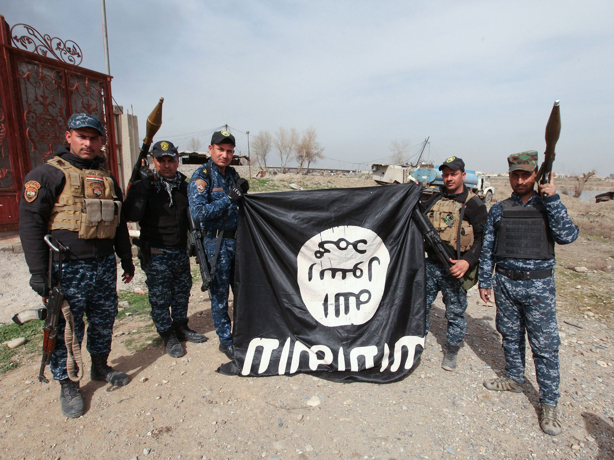 isis main office. Iraqi Forces Capture Mosul Bridge In Boost For Battle Against Isis Main Office