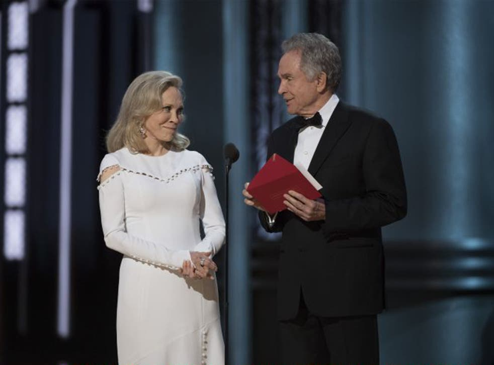 Faye Dunaway and Warren Beatty... with the wrong envelope