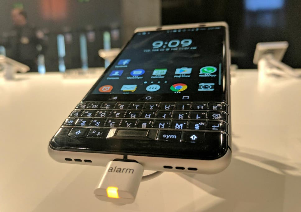 BlackBerry KeyOne hands-on review: Retro appeal, but not