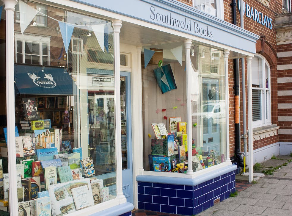 This bookshop is the first branch of the British book retailing chain Waterstones not to use company branding.
