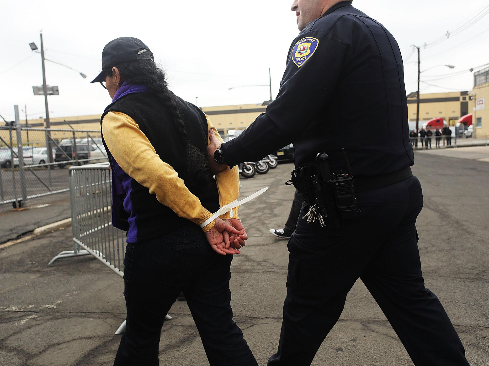 Us Crime Rates Have Decreased In Areas Of High Immigration, Says Study