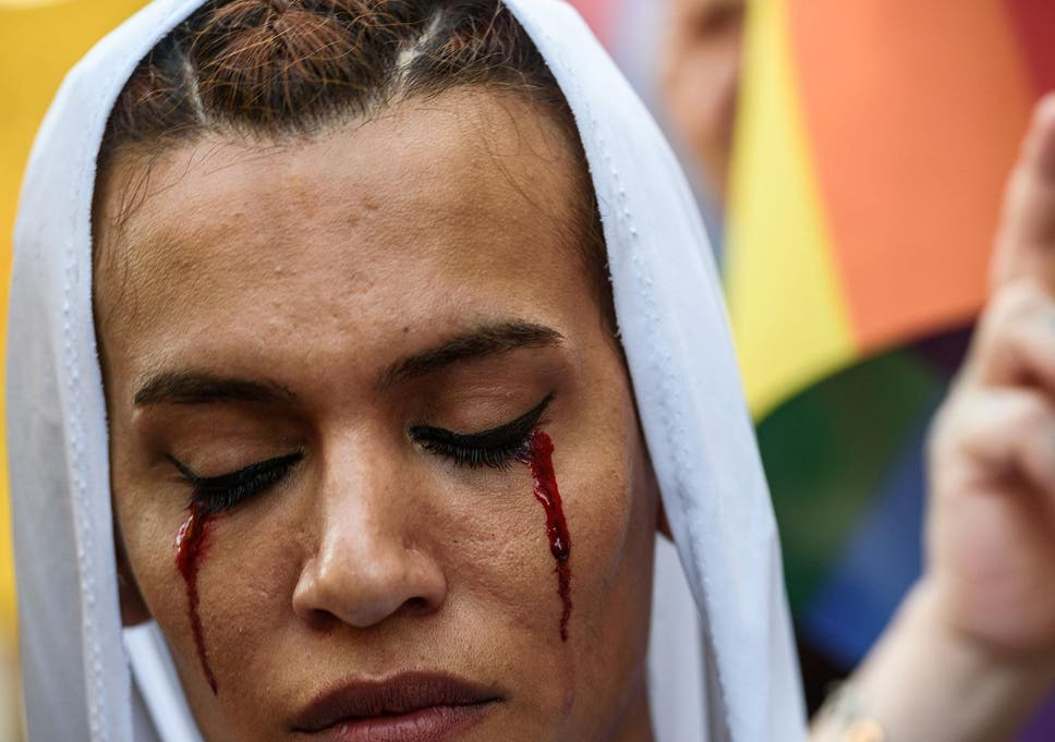 Saudi arabia executes homosexual