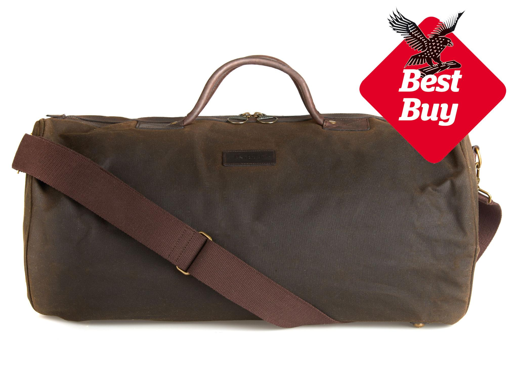 b174f2d6f7 This unisex holdall from British brand Barbour is ideal for any overnight  stay. Made of waxed cotton