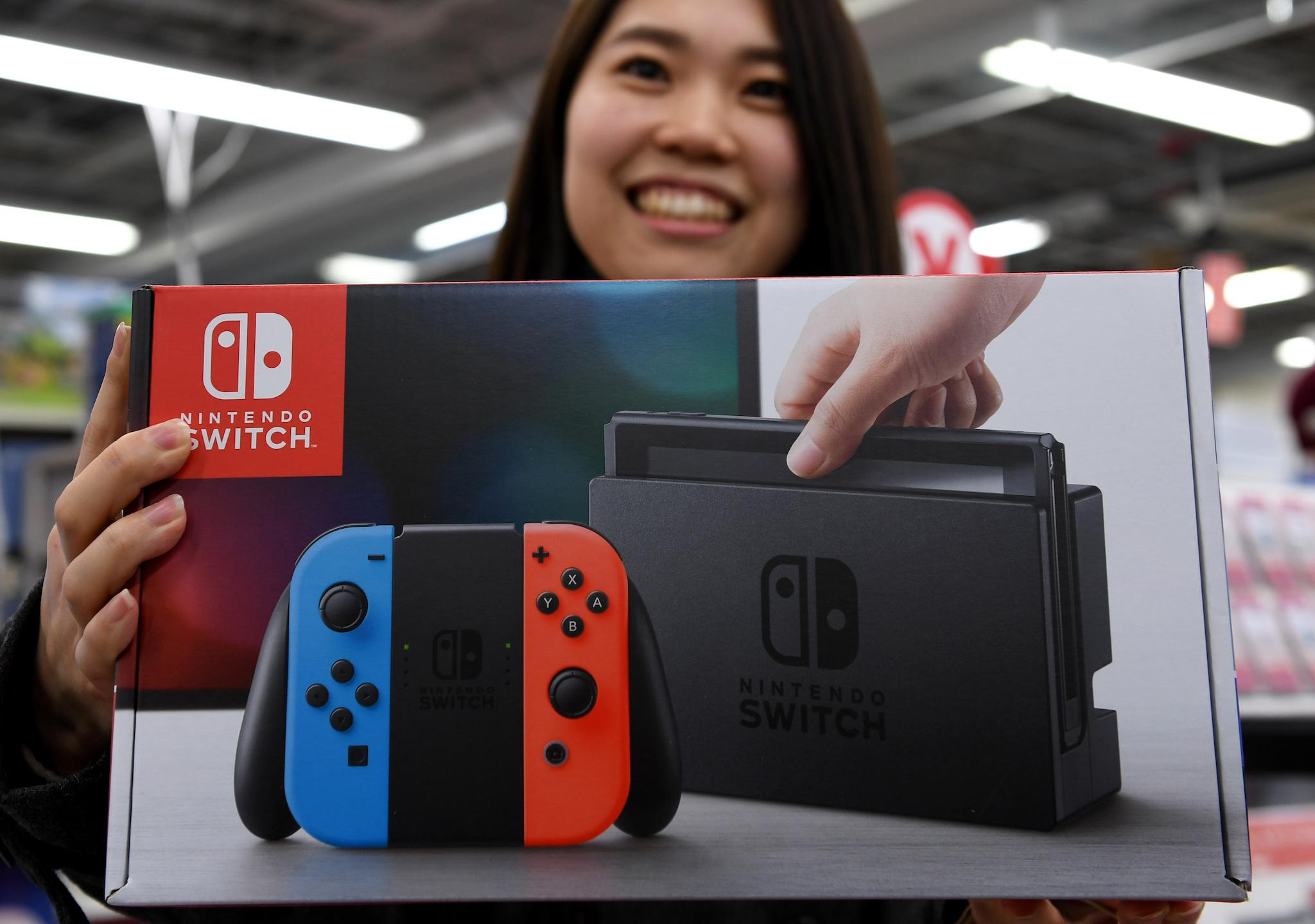 Nintendo Switch Goes On Sale, Sells Out Immediately