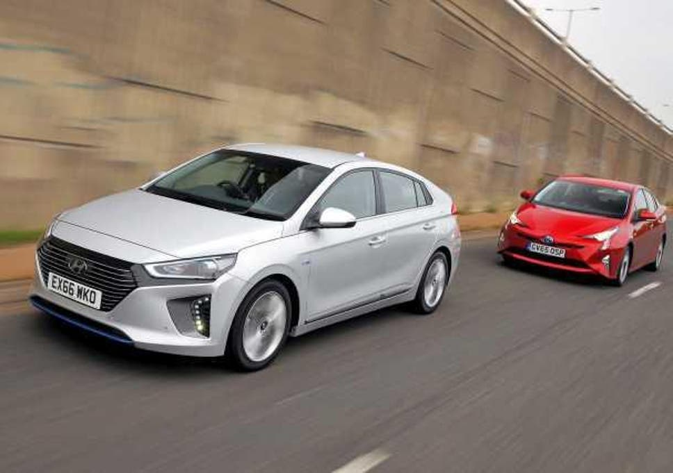 Green cars put to the test: Hyundai Ioniq v Toyota Prius | The