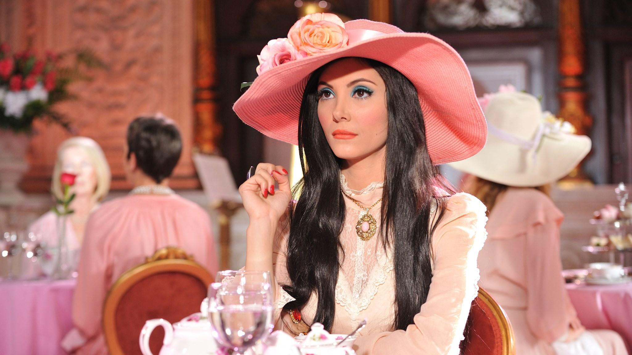 The Love Witch And Witchcrafts Appeal In The Era Of Trump The