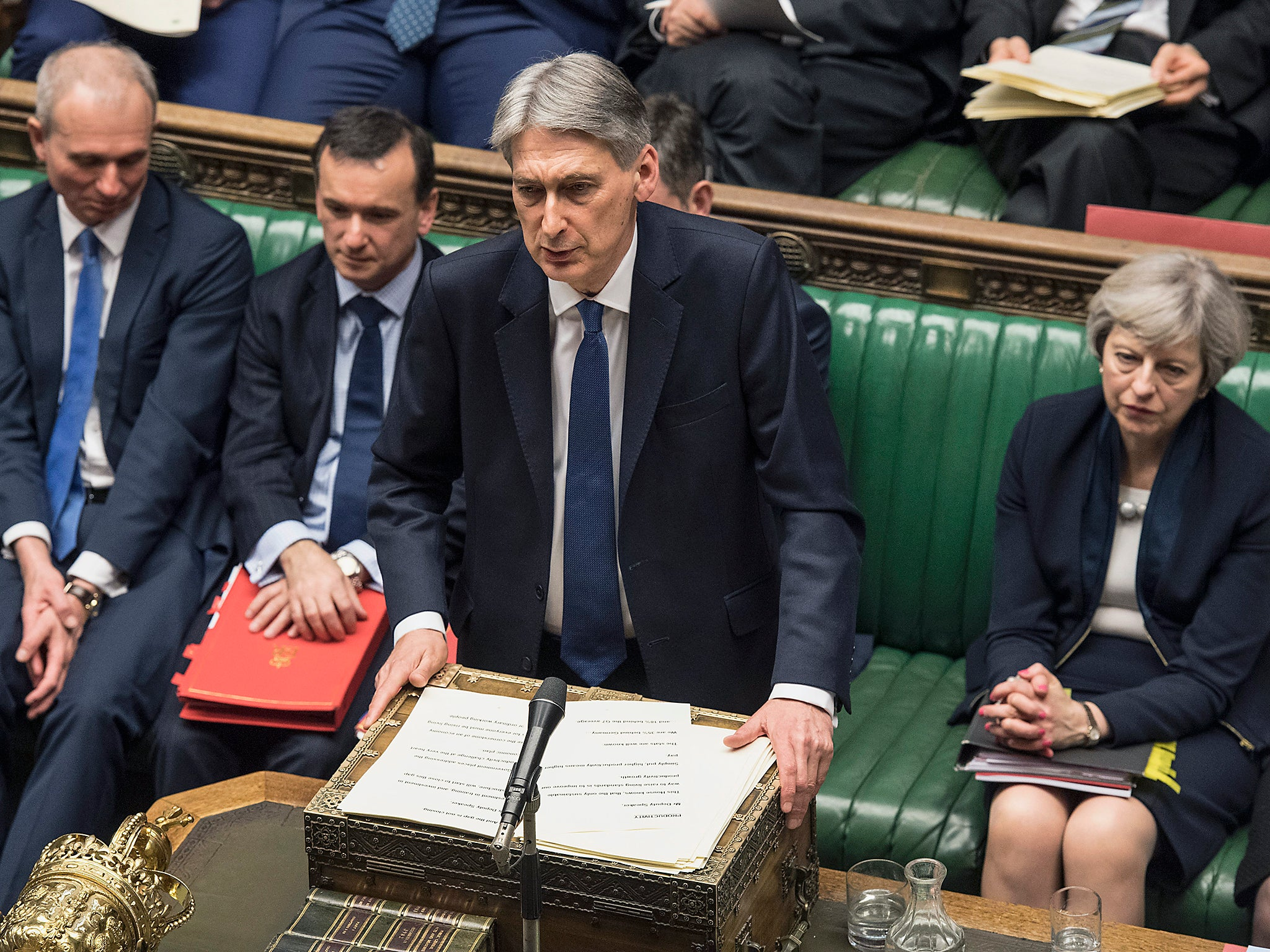 Budget 2017: Philip Hammond breaks Tory manifesto promise not to raise National Insurance contributions