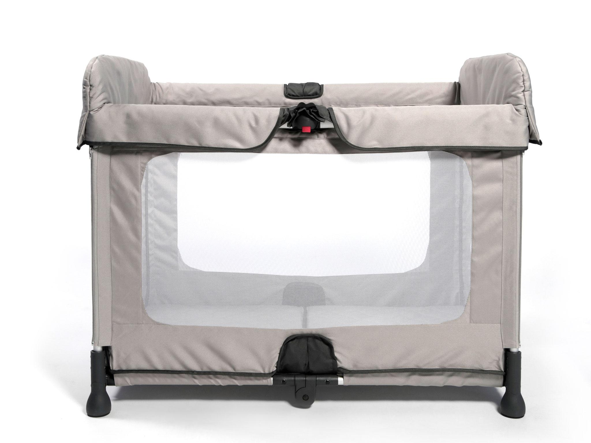 This lightweight cot claims to open and close in one movement taking just three seconds and thanks to engineering by an Oxford University professor, ...