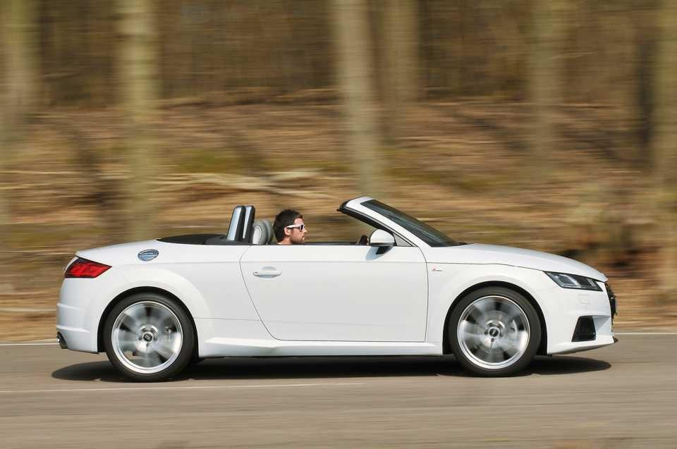Luxury convertibles tested audi tt roadster vs bmw z4 the independent audi tt roadster vs bmw z4 fandeluxe Gallery