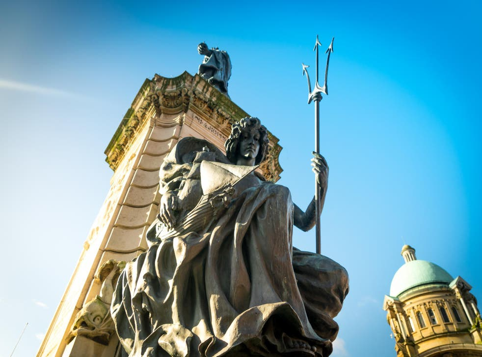 A greeting from Queen Victoria: one up in Hull's favour (Visit Hull &East Yorkshire)