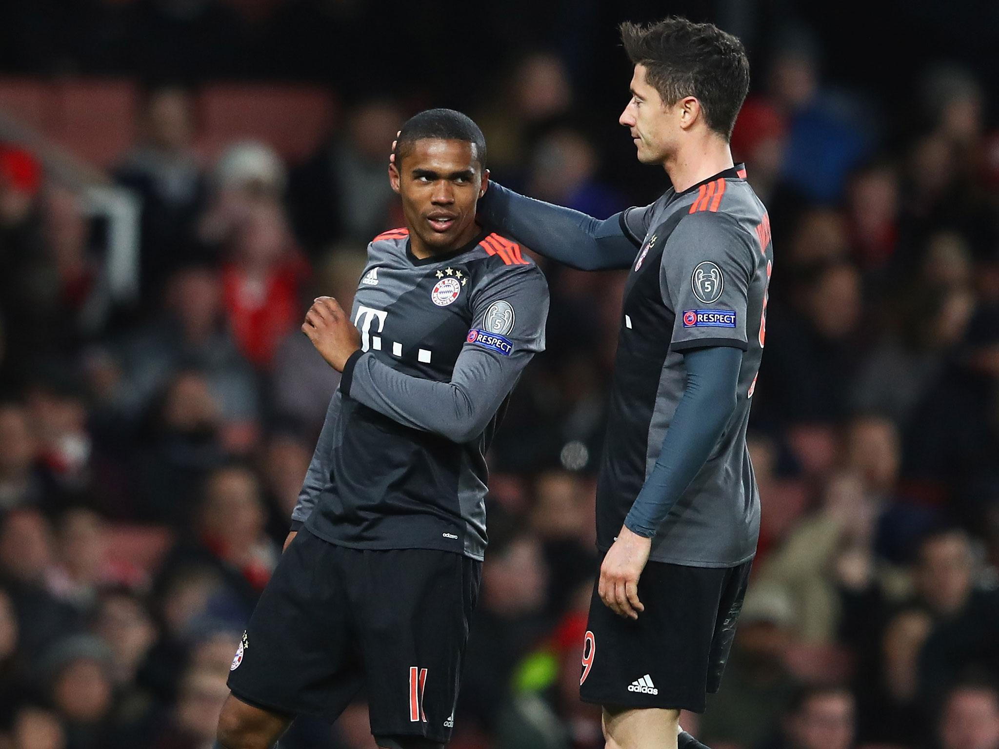 Douglas Costa reiterates his unhappiness at Bayern Munich and