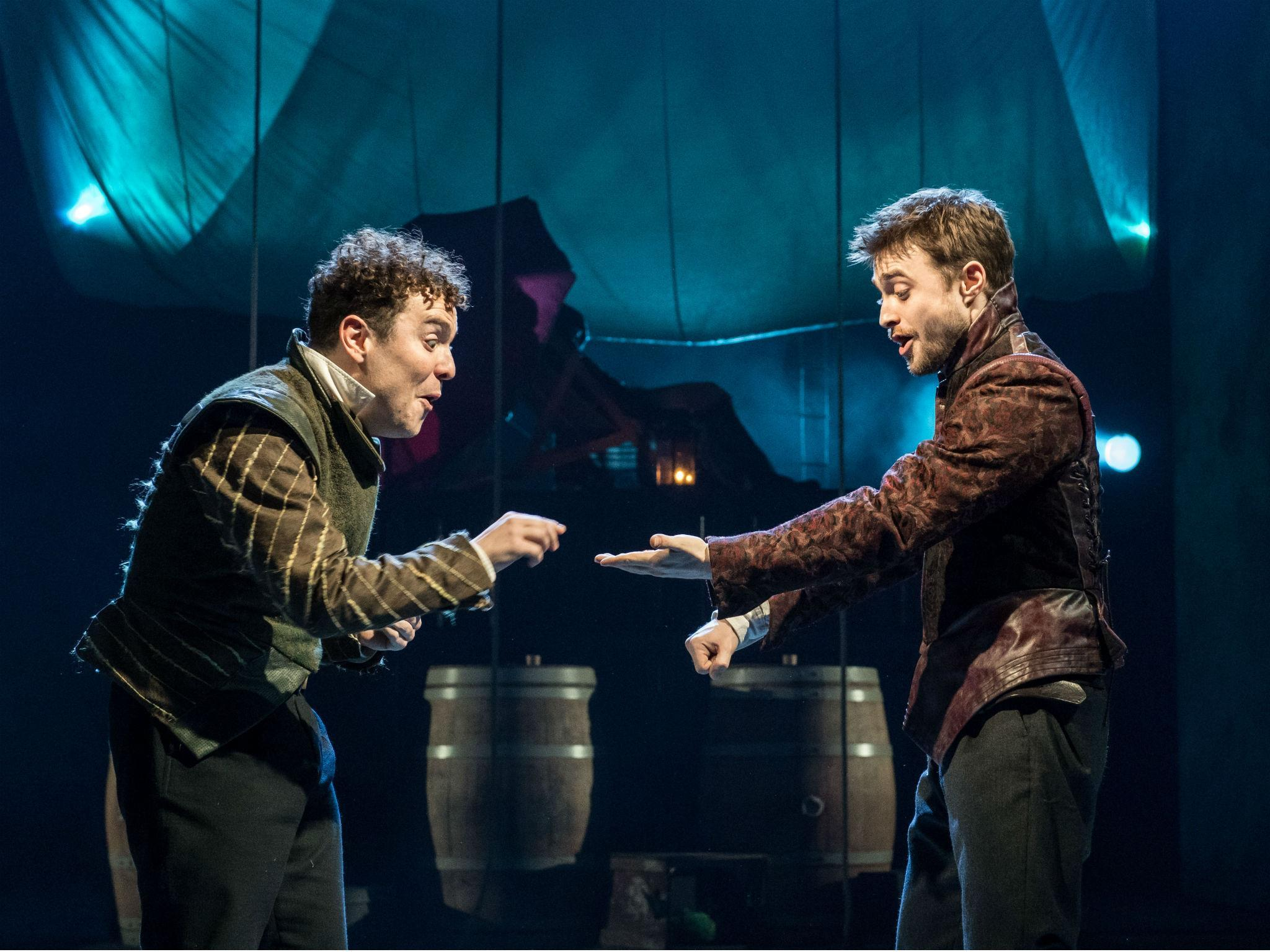 an analysis of tom stoppards play rosencrantz and guildenstern are dead Acclaimed as a modern dramatic masterpiece, rosencrantz & guildenstern are dead is the fabulously inventive tale of hamlet as told from the worm's-eye view of the bewildered rosencrantz and guildenstern, two minor characters in shakespeare's play in tom stoppard's best-known work, this shakespearean laurel and.