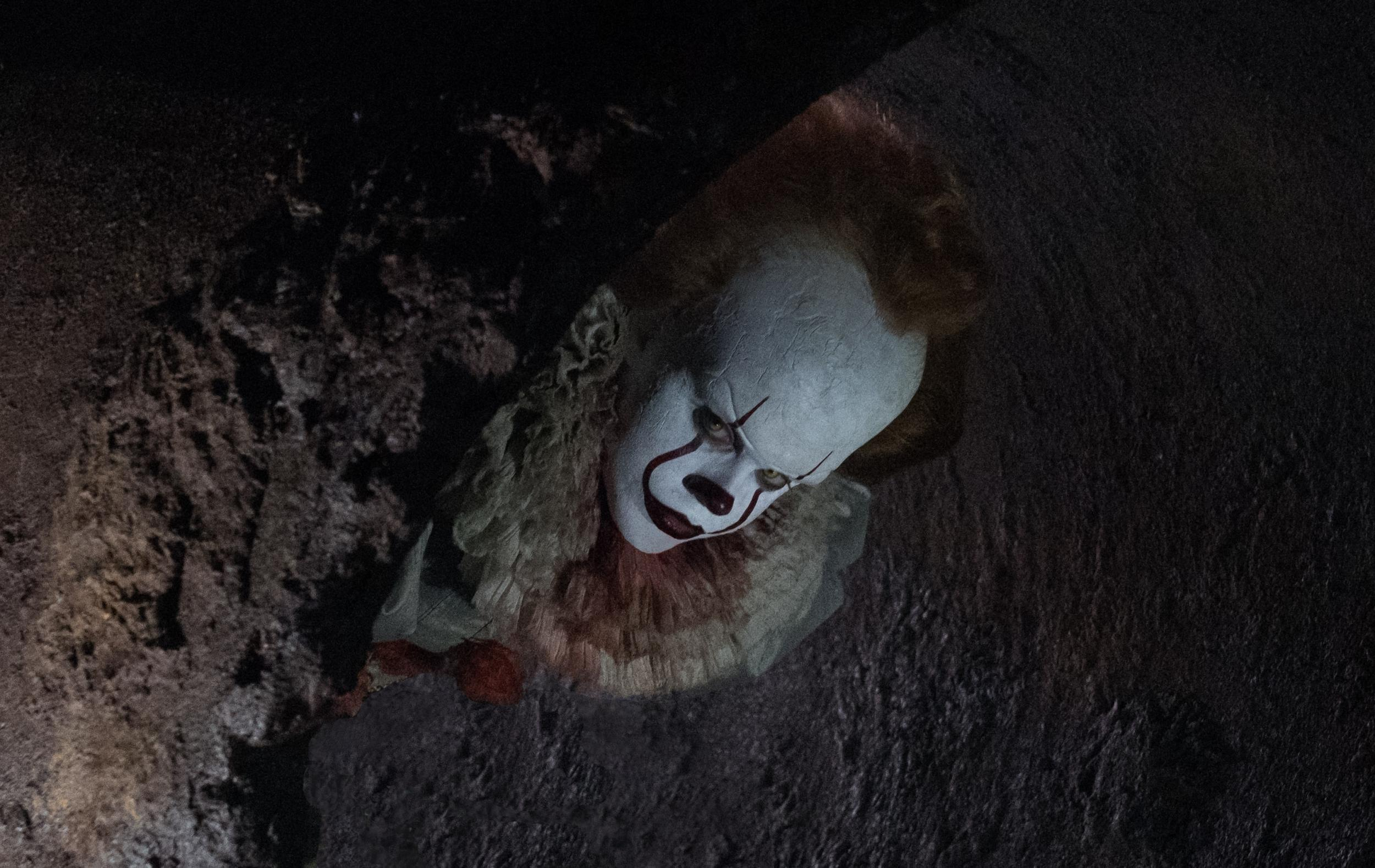 New Image Of Pennywise From Stephen King's It Is Pure Nightmare Fuel