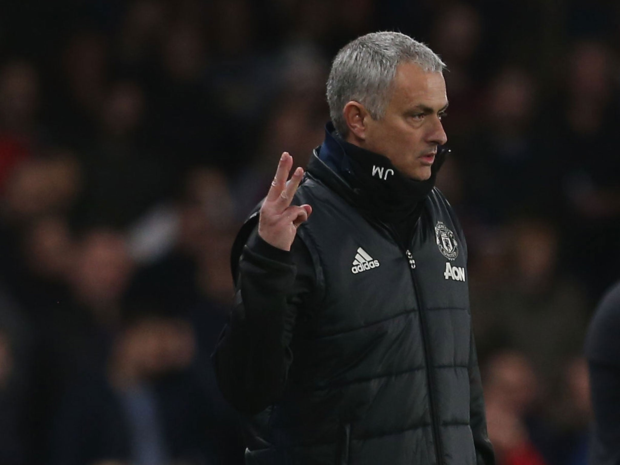 argumentative essay is jose mourinho the Jose mourinho and jurgen klopp have an almighty argument on the touchline jose mourinho and jurgen klopp have an almighty argument on the touchline.