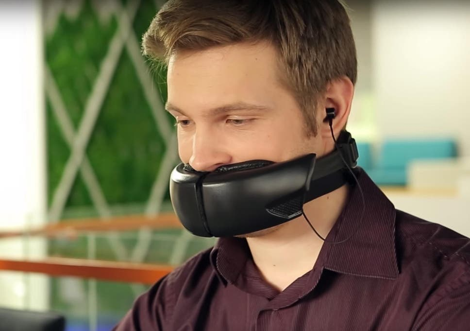 Hushme muzzle keeps phone calls private and drowns out your voice