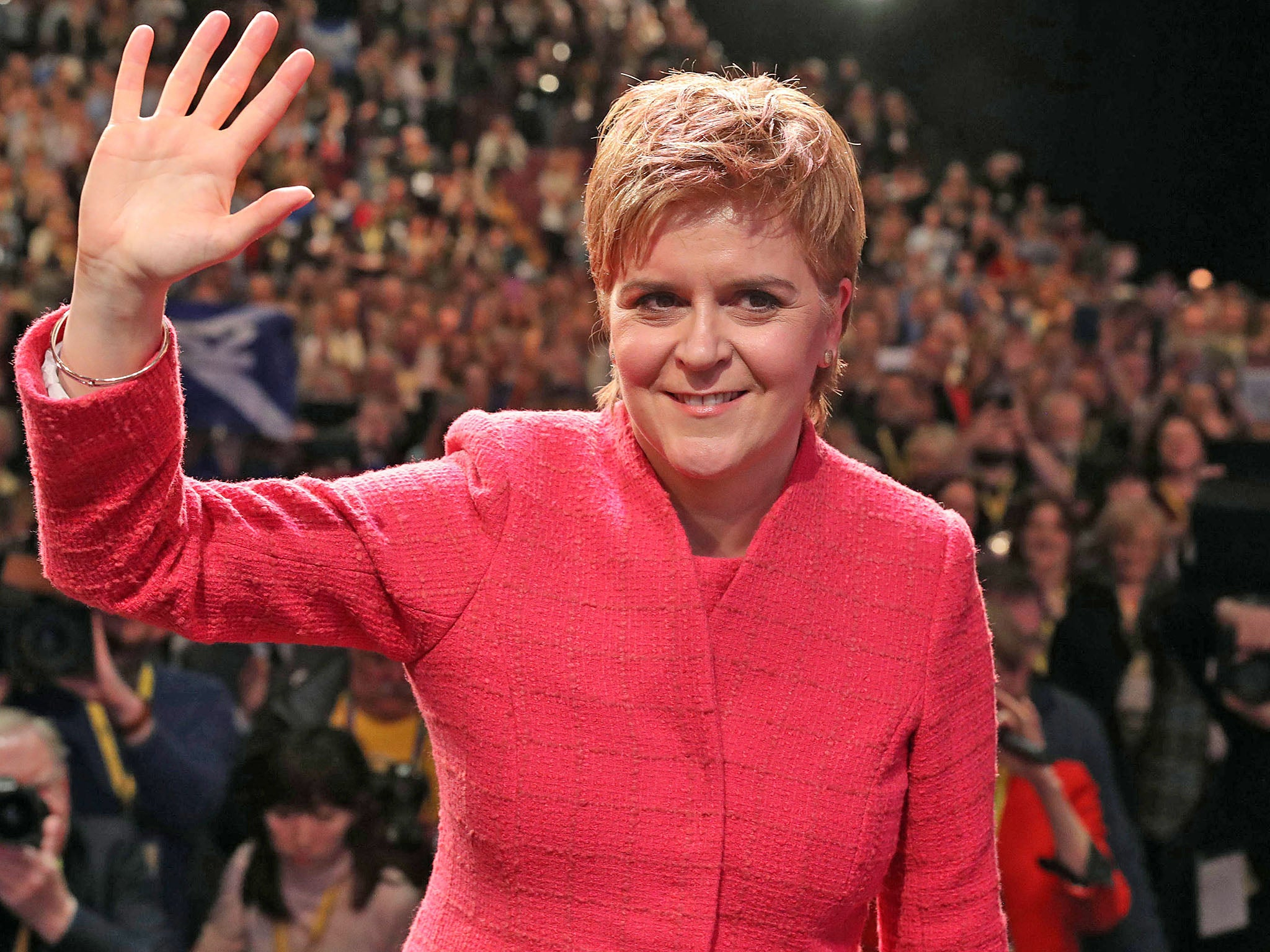 Scottish parliament votes 69 to 59 in favour of holding second independence referendum