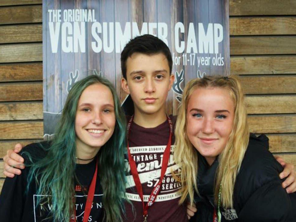 teen-chilli-girls-free-wild-threesome
