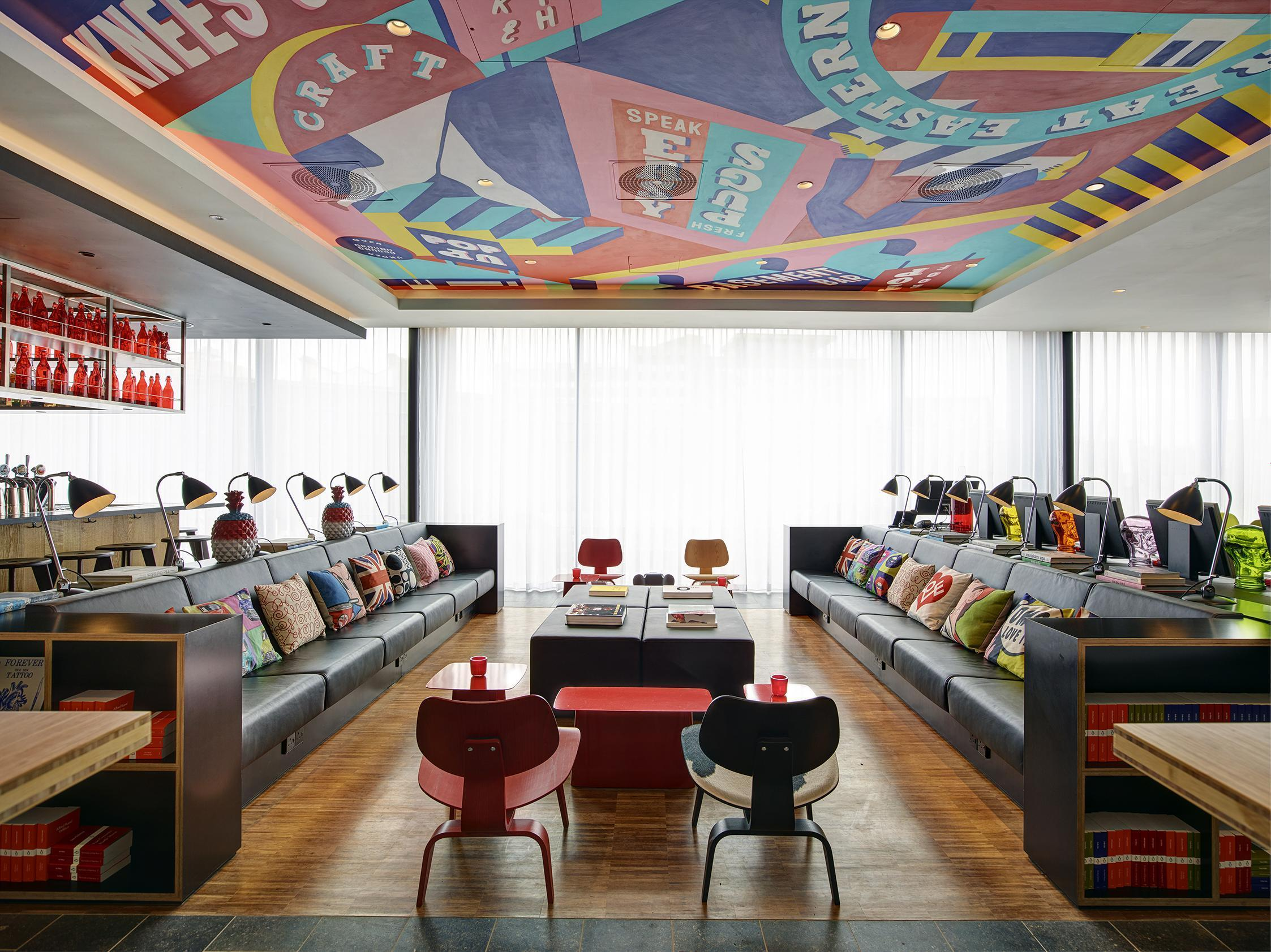 Citizenm shoreditch the dutch chain bringing style to for Independent boutique hotels