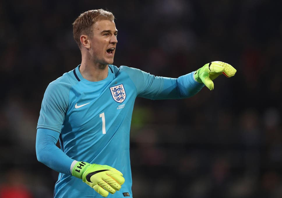 England goalkeeper Joe Hart 'robbed by moped thieves' | The Independent