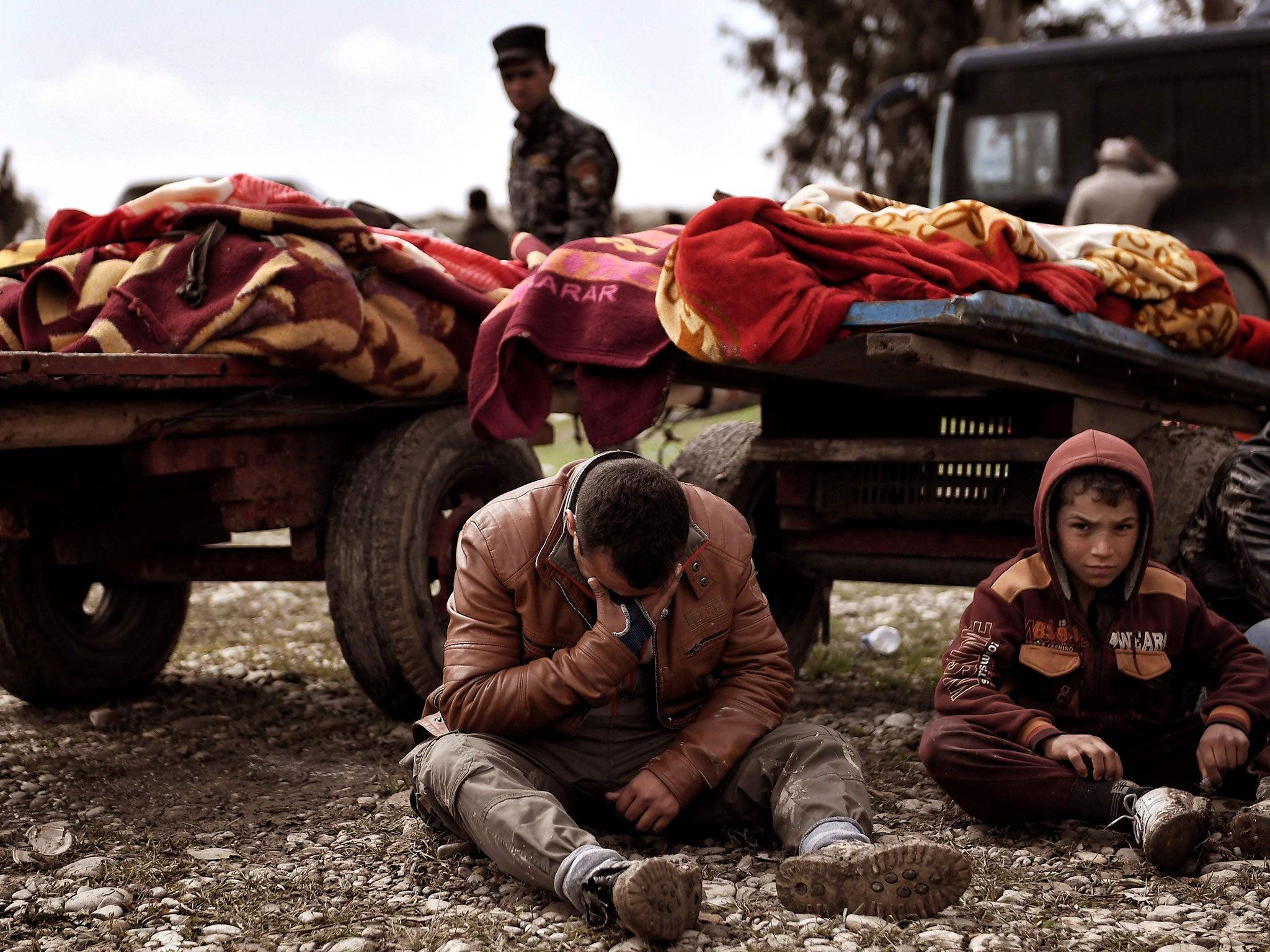US air strike in Mosul killed at least 105 civilians ...