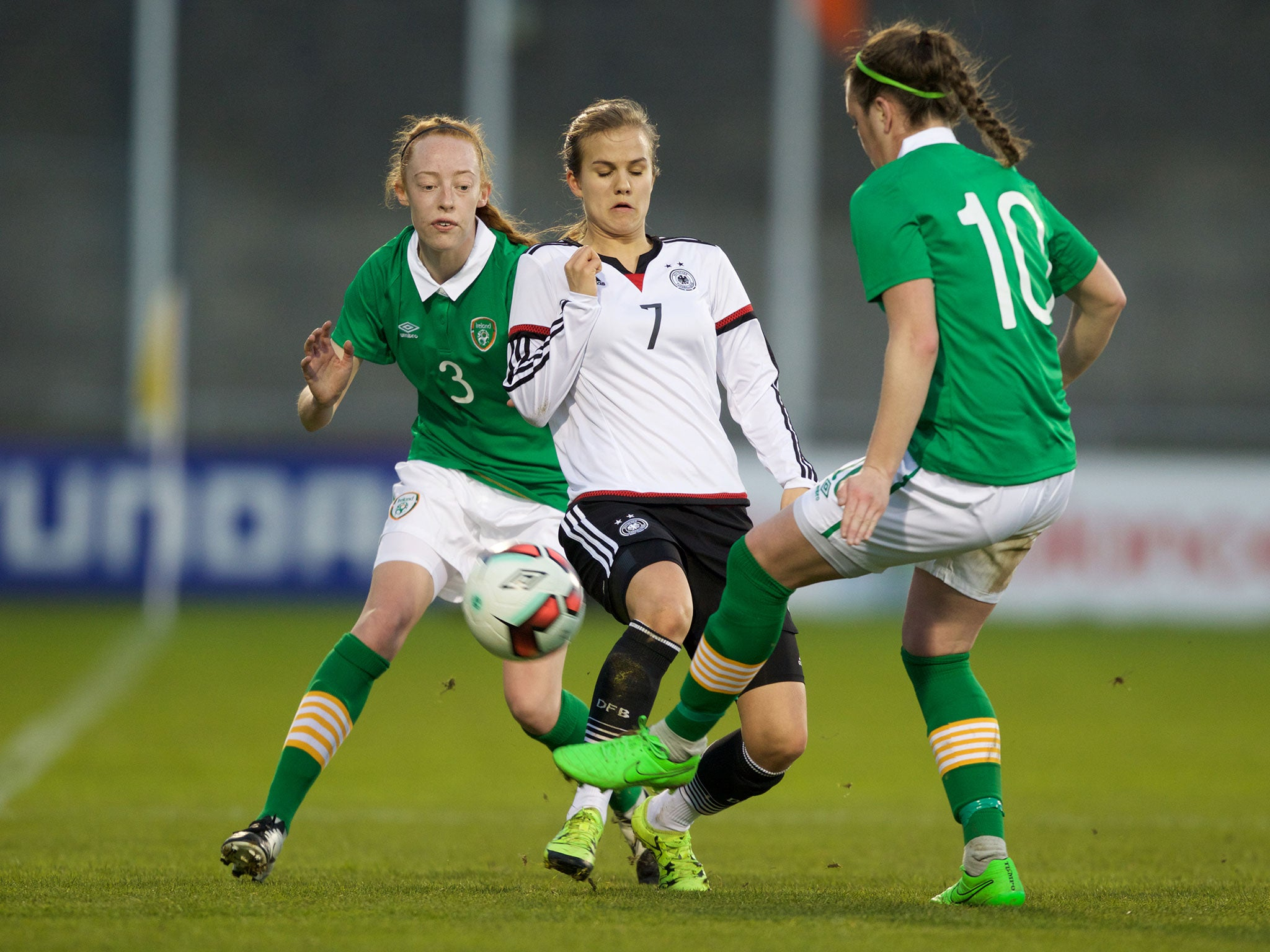 Republic of Ireland women's team threaten to go on strike against 'fifth-class' treatment by FAI