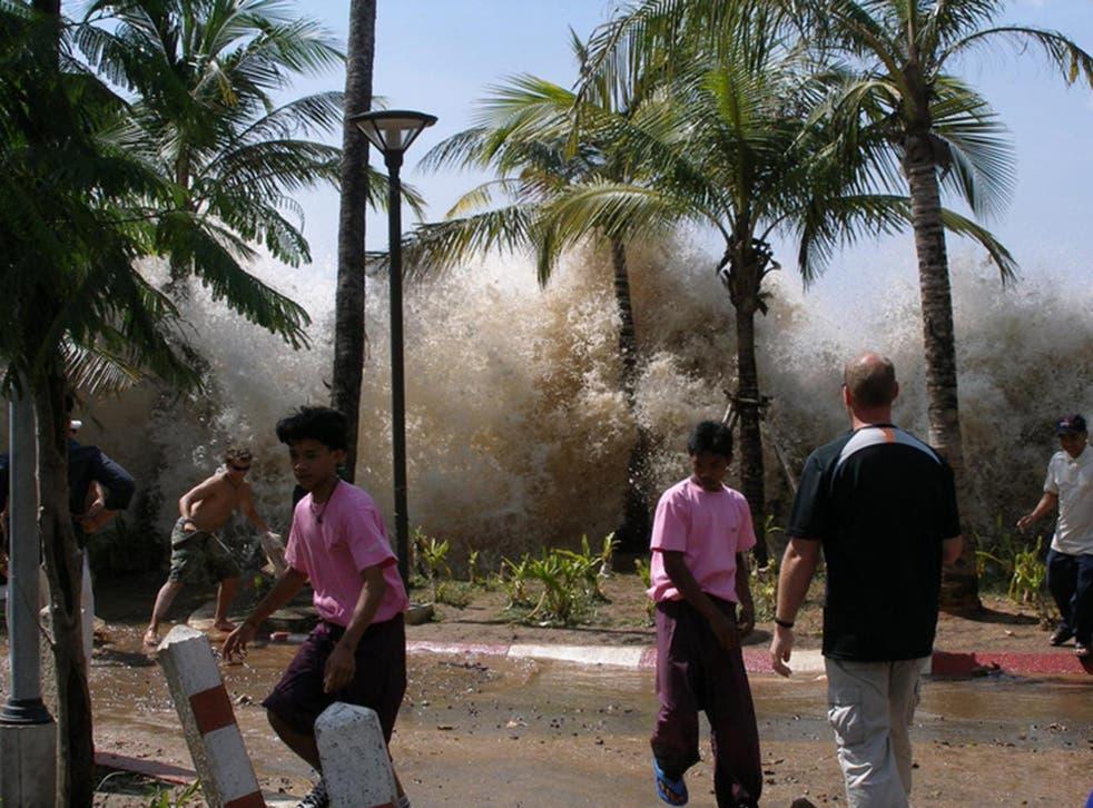 The moment the 2004 Sumatra tsunami struck Ao Nang in Thailand