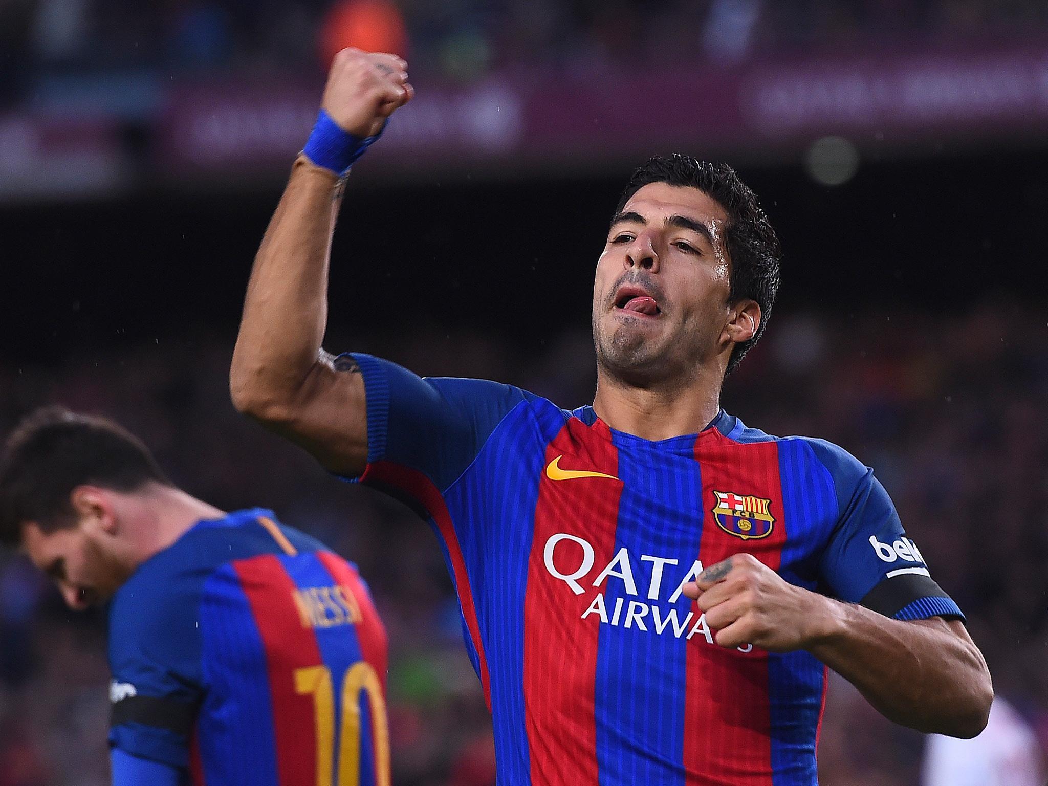 Barcelona boss Luis Enrique hails Luis Suarez as world s best no 9