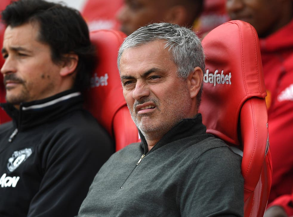 Mourinho needed Carrick to explain why United fans were singing about Forlan