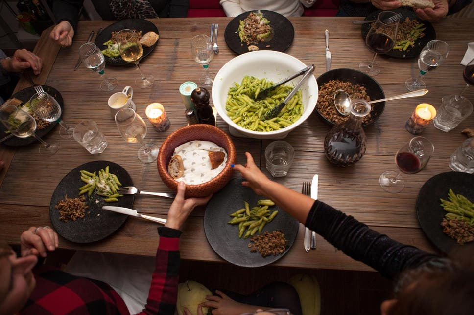 A New Website Lets Travellers Eat In Localsu0027 Homes