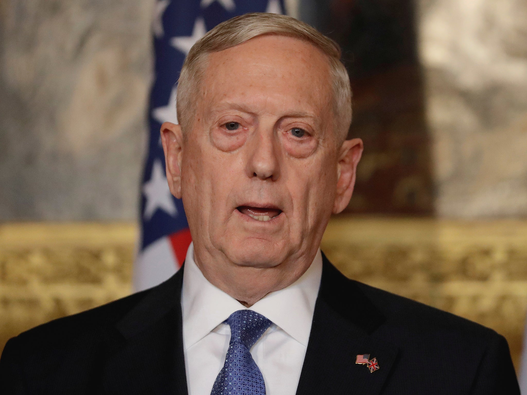 Us defence secretary delays transgender military recruitment