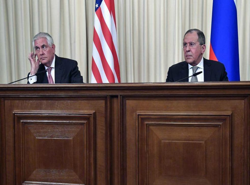 Russian Foreign Minister Sergei Lavrov (R) and US Secretary of State Rex Tillerson take part in a press conference after a meeting in Moscow on April 12, 2017
