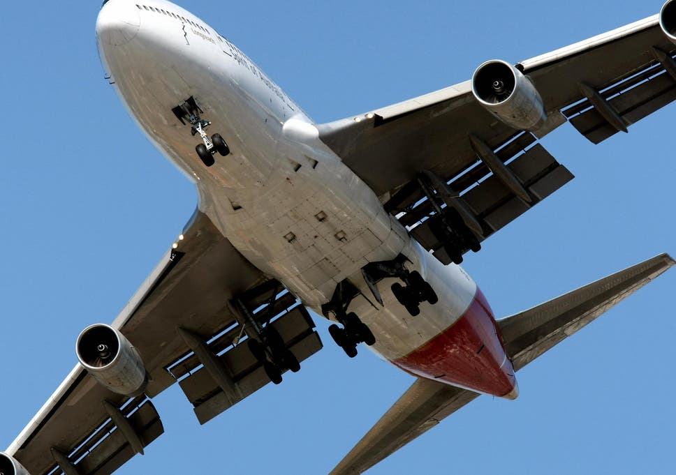 Qantas flight to Hong Kong leaves 15 hurt after 'stick