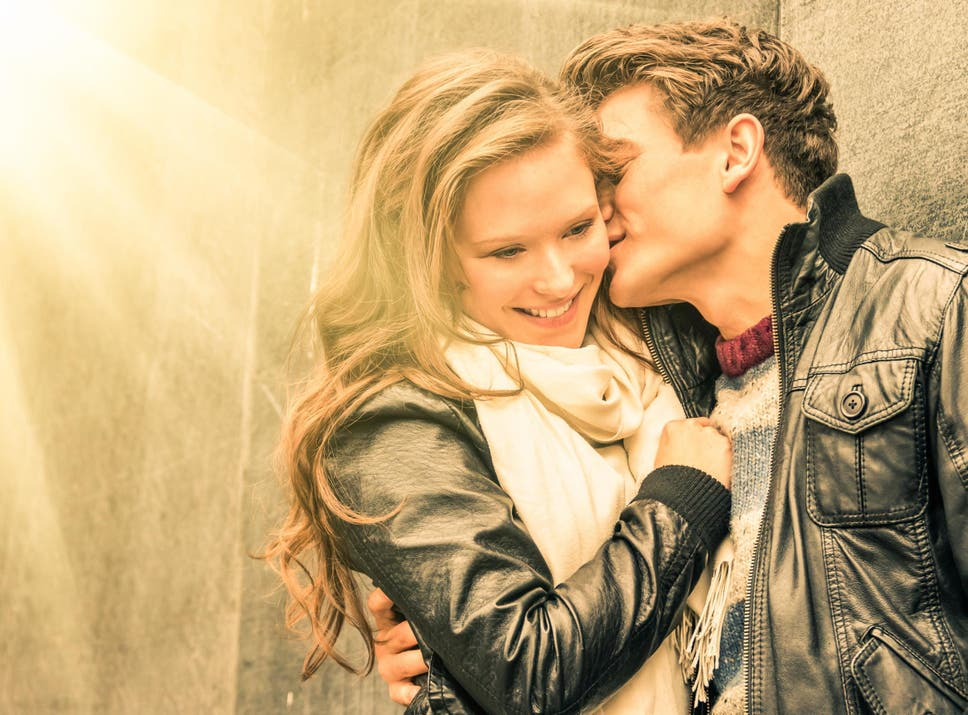 12 surprising psychological reasons someone might fall in love with 12 surprising psychological reasons someone might fall in love with you fandeluxe Images
