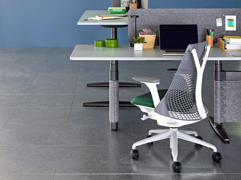 We Tried The Most Technologically Advanced Seats For A Home Office To Keep  You Pain Free