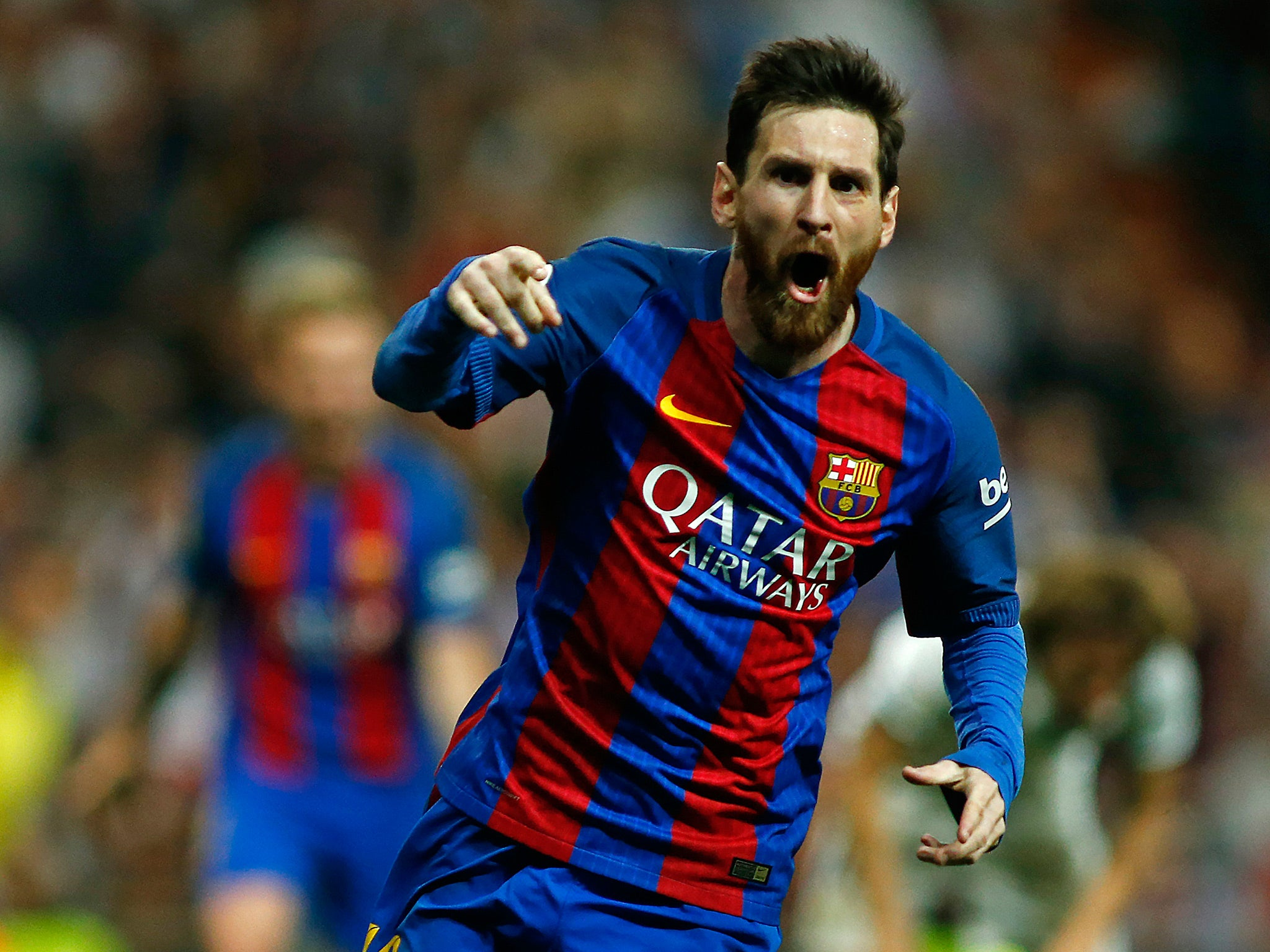 Lionel Messi agrees new £500k per week Barcelona contract until