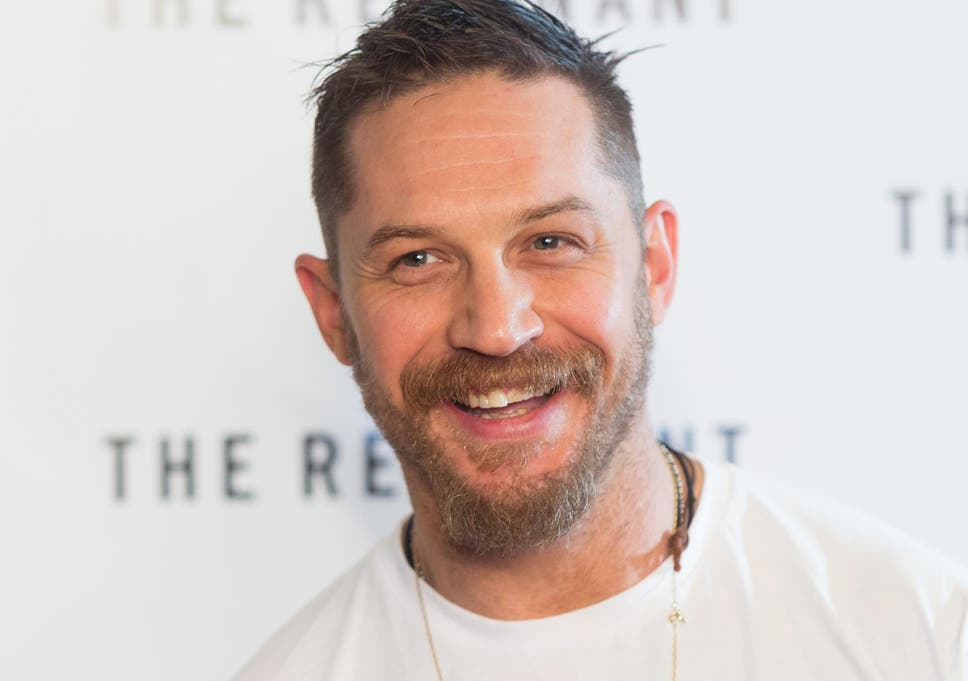 tom hardy chases down moped thief declares i caught the c