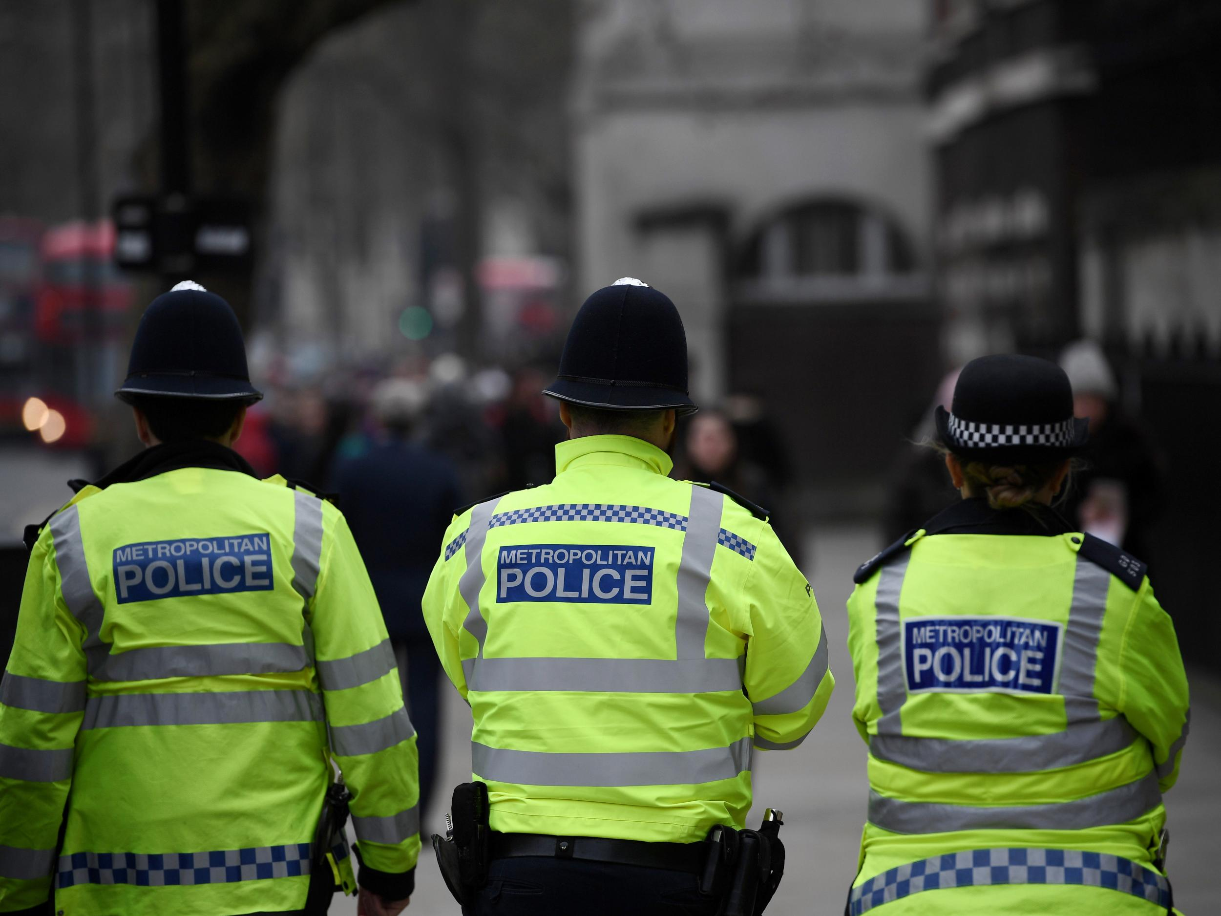 Police told to 'stop pushing responsibility' for domestic violence prosecutions onto victims