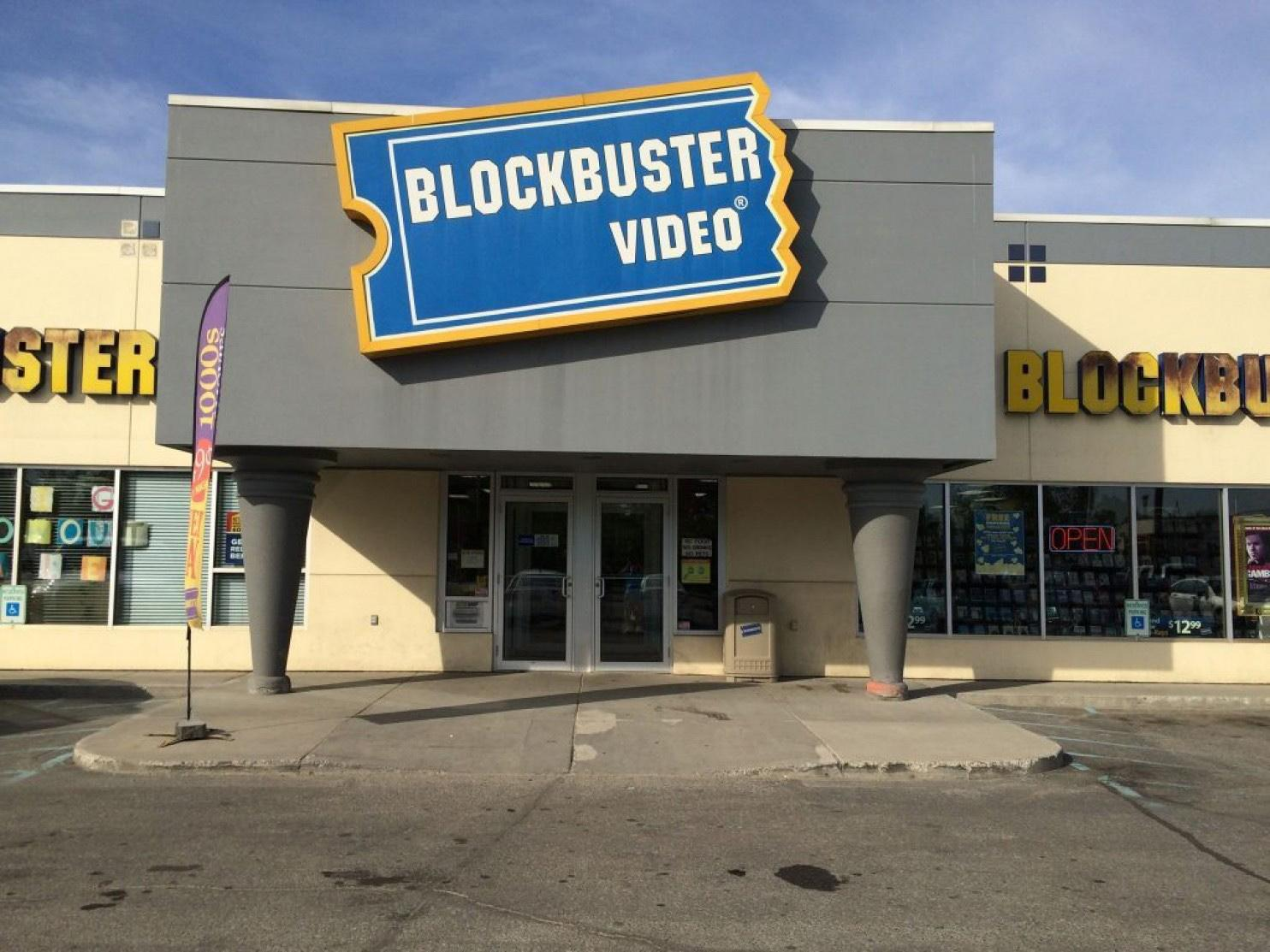 blockbuster image 15 fast-forward facts about blockbuster video by jake rossen getty images starting in 1994 blockbuster wound up losing a billion all by itself in 2010.
