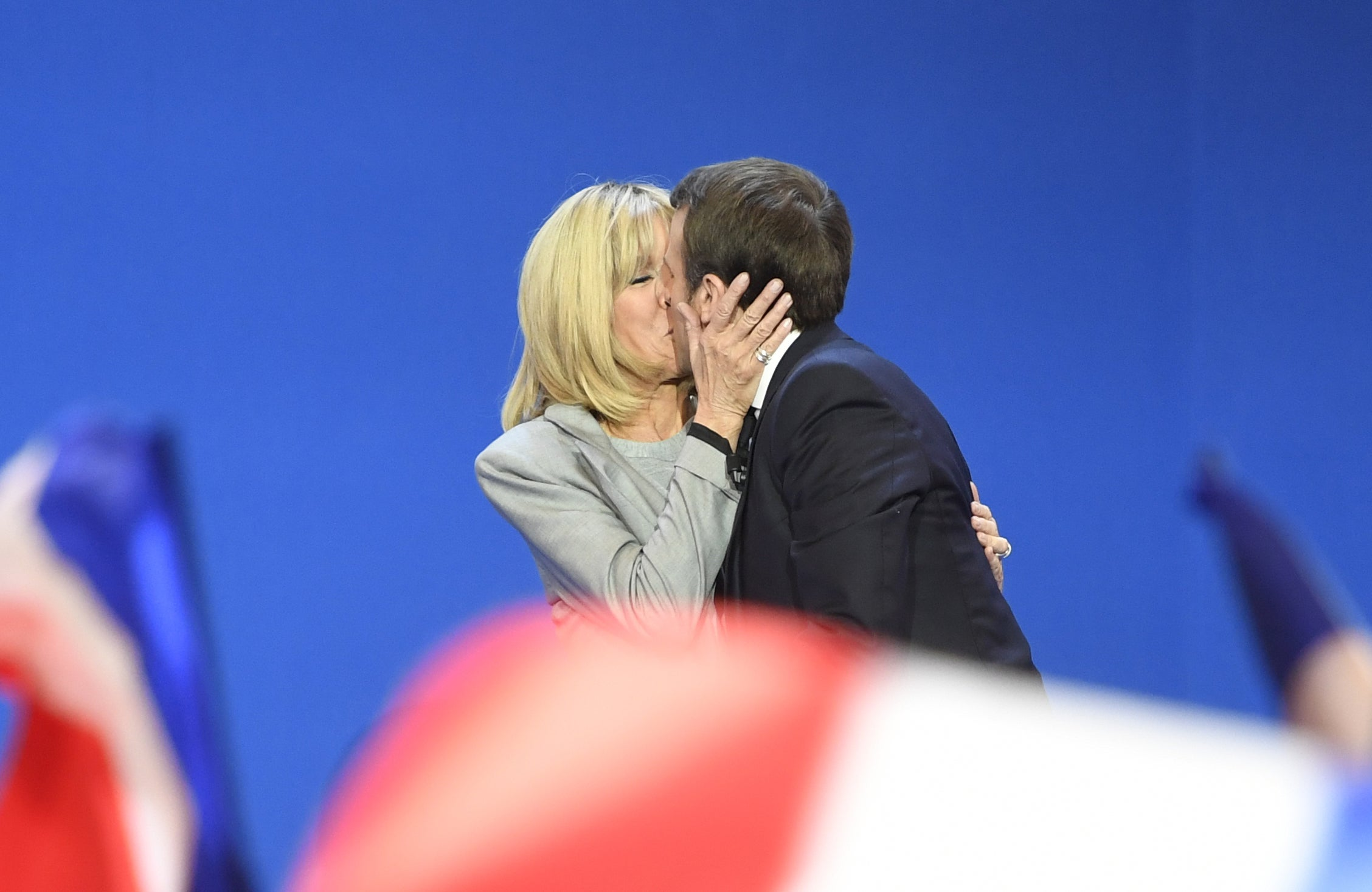 Emmanuel Macron S Relationship With Brigitte Trogneux Began With Kiss On Cheek When He Was 16 The Independent The Independent