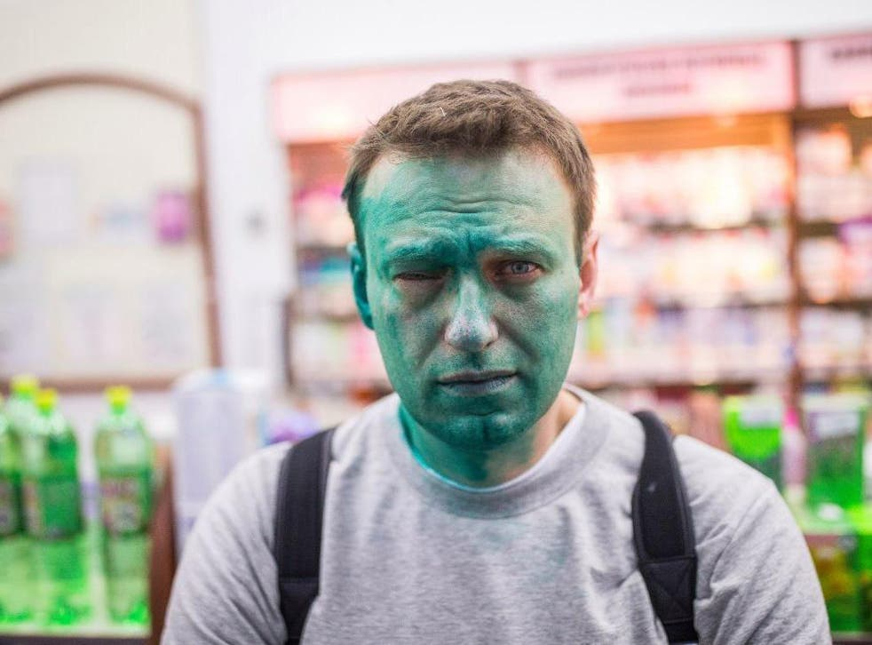 Unknown assailants threw green dye in political activist Alexei Navalny's face, resulting in chemical burns to his right eye